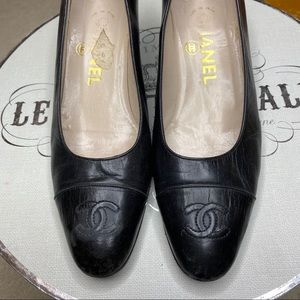 Chanel Vintage Black Cap Toe Pumps Shoes 36.5